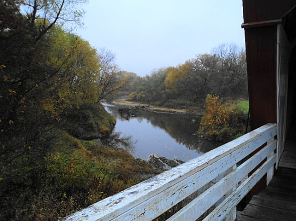 End of Holliwell Bridge overlooking the Middle River.